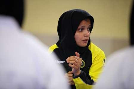 مربی تیم ملی کاراته زنان