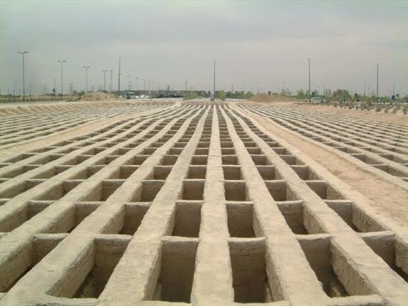 رفتن به قبرستان و زیارت قبور اموات چه فایده ای دارد؟