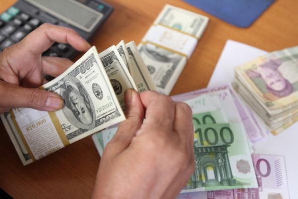 گران شدن دلار