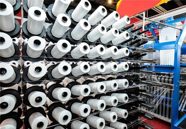 شرکتهای دولتی قانون ممنوعیت ورود محصولات نساجی را دور میزنند