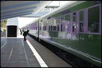 سوت نخستین قطار گردشگری در خوزستان طنین انداز شد
