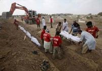 حفر گورهای دسته جمعی در بولیوی برای قربانیان کرونا