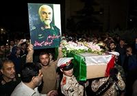 مدافعان حرم صادرکنندگان انقلاب اسلامی هستند