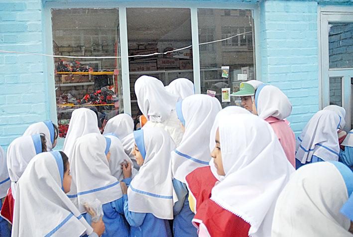 نتیجه تصویری برای بوفه مدارس