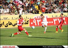 دیدار تیمهای پدیده مشهد و تراکتورسازی تبریز