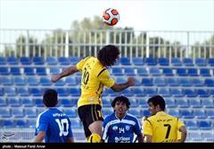 سپاهان به دنبال ثبت برد ششم در مقابل صدرنشین لیگ