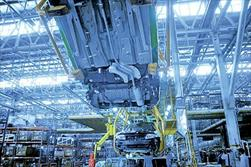 افت ۹.۹ درصدی تولید خودرو در ایران