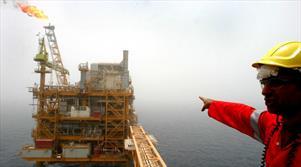 سایه سقوط نفت بر پارس جنوبی/ اجرای فازهای جدید متوقف نمیشود