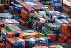 تراز تجارت خارجی ایران بعد از ۳۷ سال مثبت شد/ واردات خودرو به نصف کاهش یافت