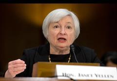 تهدید یک وزیر بازار ارز را تکان داد