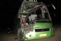 تصادف اتوبوس با تریلی