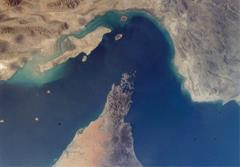 ایران چگونه تنگه ی هرمز را خواهد بست؟
