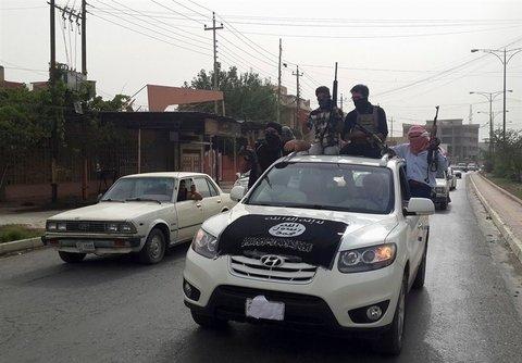کاروان فراری داعش