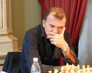 مربی هلندی شطرنج