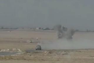 فیلم/ انهدام مهیب کامیون انتحاری به دست نیروهای فرانسوی