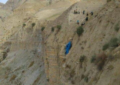 سقوط نیسان در دره