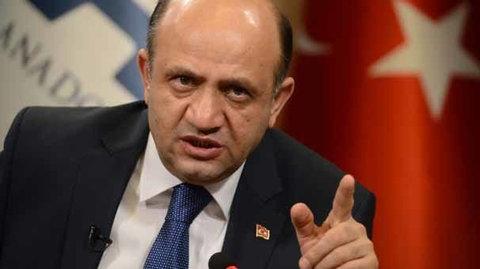 وزیر دفاع ترکیه