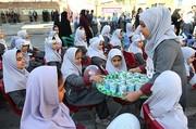 شیر در ۶۶۳۰ واحد آموزشی استان اصفهان توزیع می شود