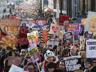راهپیمایی لندن علیه ترامپ