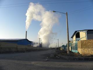 آلایندگی کارخانه کارتن سازی در شهر خرو