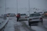 بارش برف در بسیاری از جاده های کشور ادامه دارد