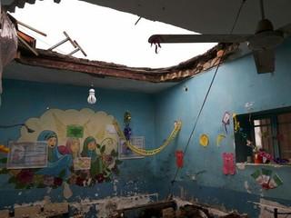تخریب سقف کلاس درس