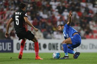دیدار تیم های فوتبال استقلال و الاهلی امارات