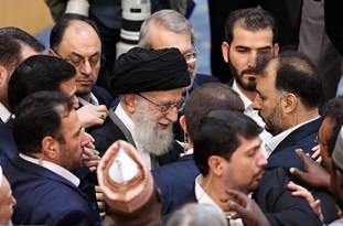 فیلم/ حاشیههای حضور رهبر انقلاب در کنفرانس بینالمللی حمایت از انتفاضه فلسطین