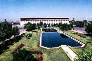 ایستگاه راهآهن تبریز