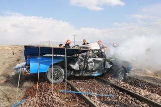 برخورد قطار با خودرو