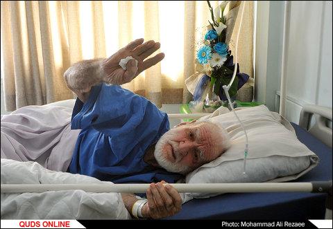 استاد عثمان محمد پرست در بیمارستان سینای مشهد