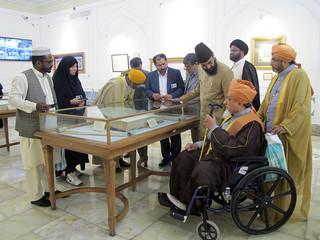بازدید علمای صوفی هندوستان از حرم مطهر رضوی