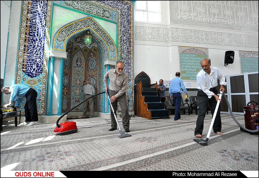 غبارروبی مساجد در آستانه ماه مبارک رمضان/گزارش تصویری