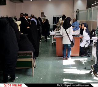 تصاویر/راهرو خوابی بیماران دربیمارستان قائم مشهد همچنان ادامه دارد