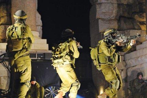 قوات الاحتلال - کراپشده