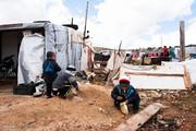 اعراب زکات خود را به پناهجویان بدهند