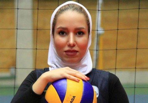 پدر بازیکن تیم ملی والیبال: فدراسیون بر اساس چه سند و مدرکی دخترم را محروم کرد؟