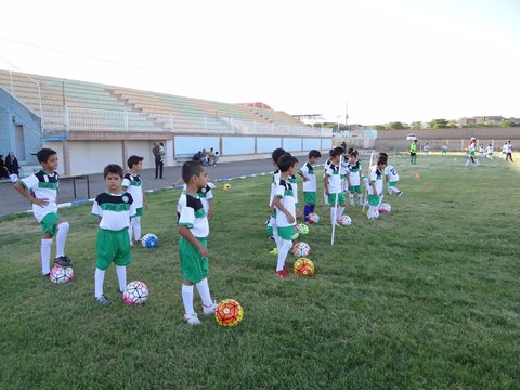 مدرسه فوتبال