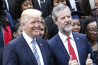 ترامپ و کشیش کلیسای نیویورک