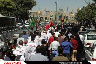 اعزام کاروان زائران پیاده از مشهد به کربلا/ عکس خبری