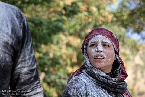 جشنواره بین المللی تئاتر خیابانی مریوان