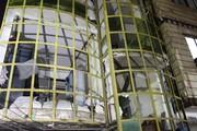 ریزش ساختمانی نیمهکاره در کرج/احتمال محبوس شدن یک نفر زیر آوار