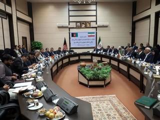نشست مشترک استاندار سیستان و بلوچستان با والی قندهار