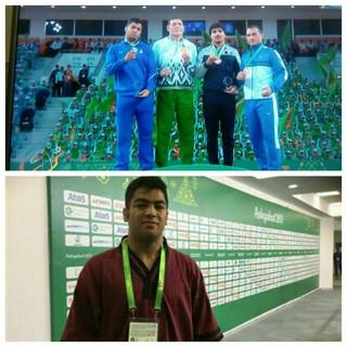 مدال نقره کشتی گیر تربت جامی در رقابتهای آسیایی ترکمنستان
