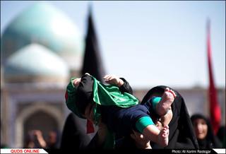 اجتماع عظیم شیر خوارگان حسینی در حرم مطهر رضوی