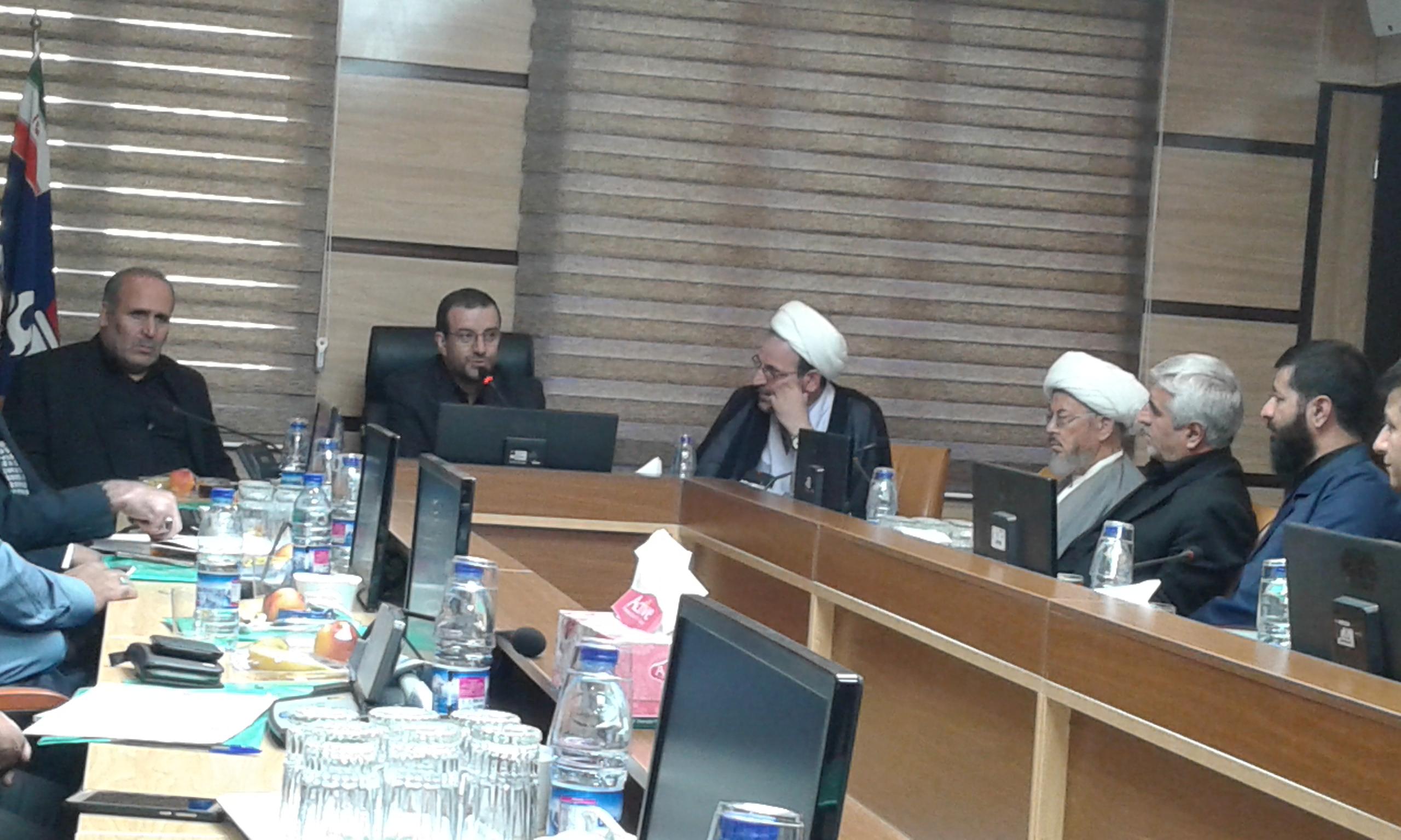 نشست شورای فرهنگی شرکت های تابعه وزارت نفت در ایلام