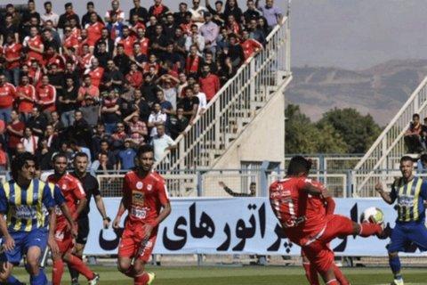 دیدار تیم های فوتبال گسترش فولاد و تراکتورسازی تبریز