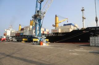 ورود کشتی حامل بخش سوم تجهیزات طرح توسعه بندر شهید بهشتی به بندر چابهار