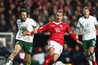 دیدار تیم های ملی فوتبال دانمارک و جمهوری ایرلند