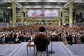 رهبر معظم انقلاب اسلامی در دیدار هزاران نفر از بسیجیان سراسر کشور